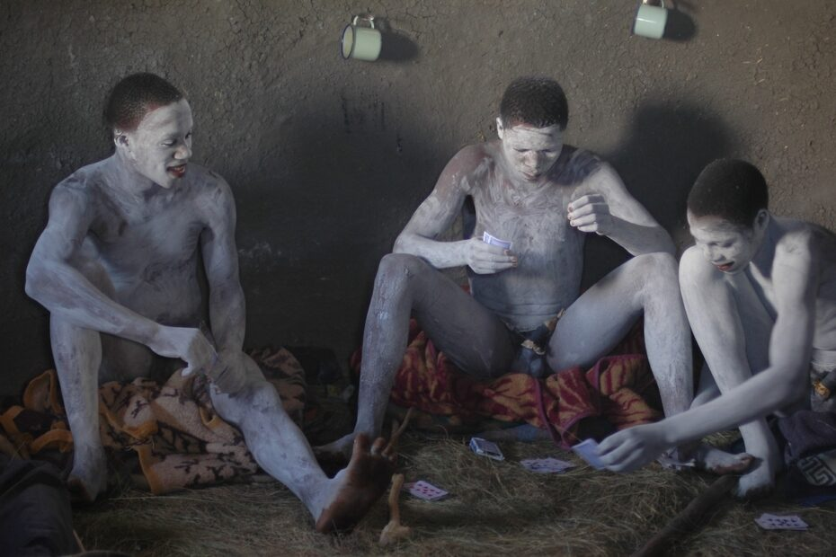 Abakwetha circumcision in South Africa. Photo by Amsterdam photographer Tom van der Leij