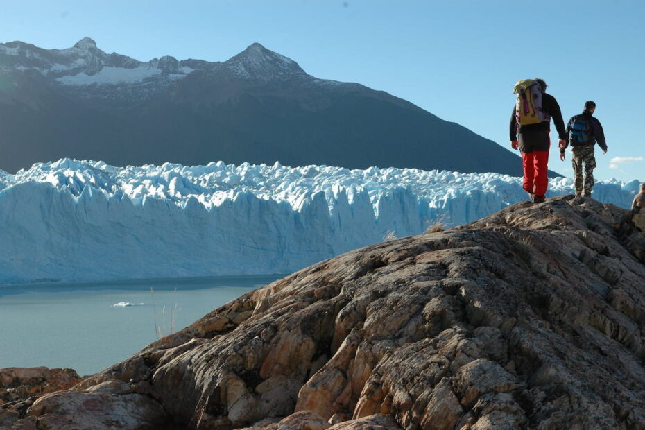 Perito Moreno hiking in Patagonia by Amsterdam photographer Tom van der Leij