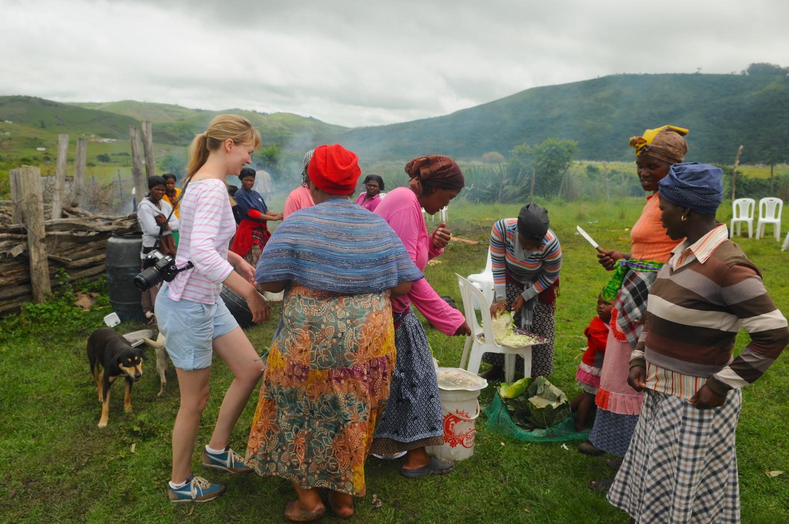 Fotografiereis Zuid-Afrika door Tom van der Leij rondreis Transkei en Wildcoast Xhosa dorpsvrouwen